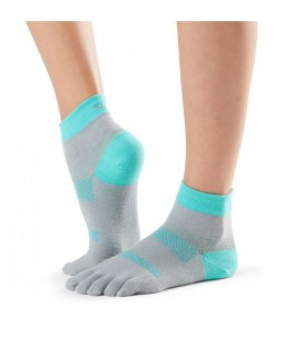 More about Toesox Sport Minnie Crew